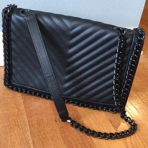 MUST GO‼️ Aldo Chainlink Crossbody Bag